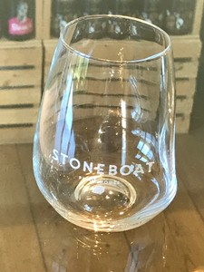 Azzura Wine Glass Stemless (Stoneboat Labelled)
